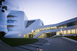 Center for Virtual Engineering ZVE, Stuttgart (GER)